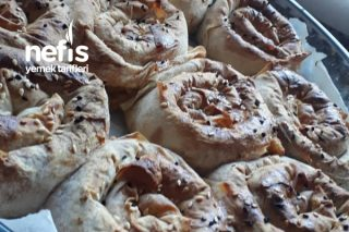 Sosu Harika Gül Böreği Tarifi