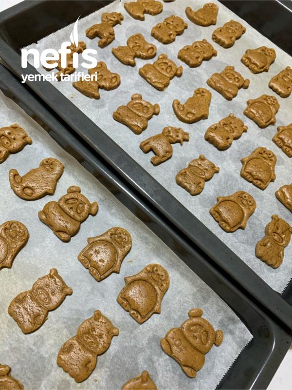 Yeniyıl Kurabiyesi (Gingerbread)