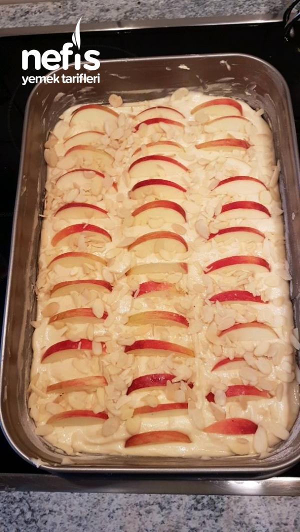 Elmalı Bademli Kek