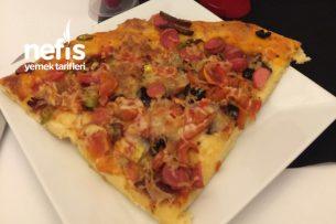 Pizza (Mayasız Hamurlu) Tarifi