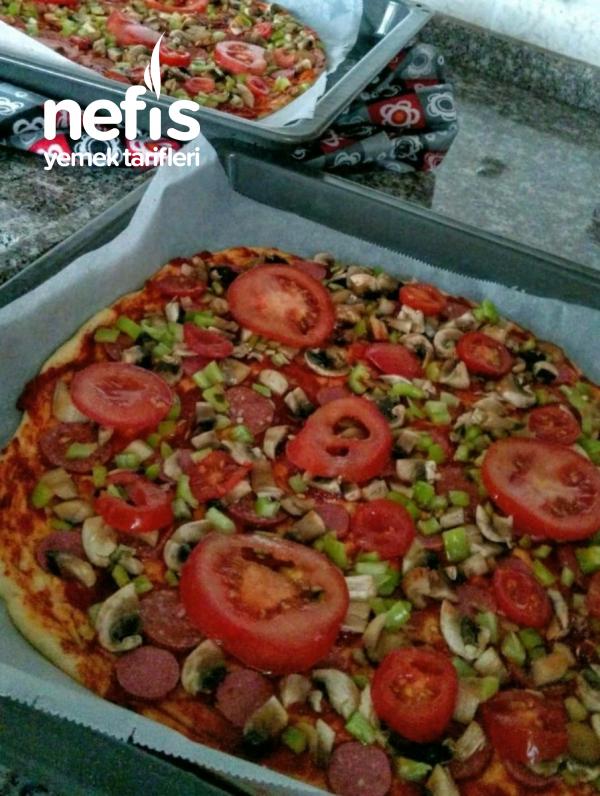 İnce Hamurlu Nefis Pizza (2 Tepsilik)