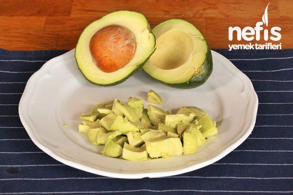 Videolu Resimli: Avokado Nasıl Olgunlaştırılır? Tarifi