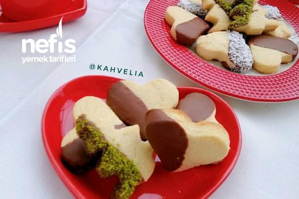 Çikolatalı Kalpli Kurabiye Favori Tarifiniz Olacak