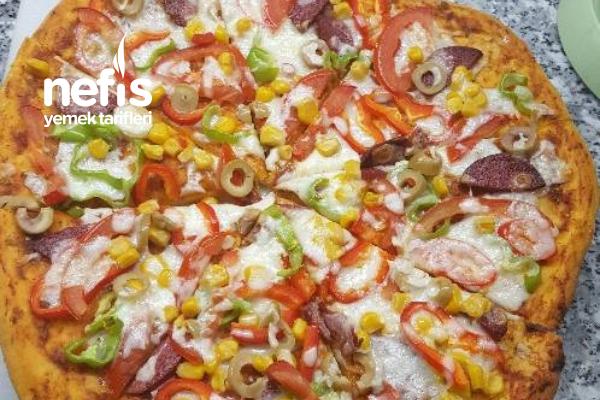 Pizza (Pişir Hemen Ye! Kalan Hamuru hazırla Pişirmeden Buzluğa At) Tarifi