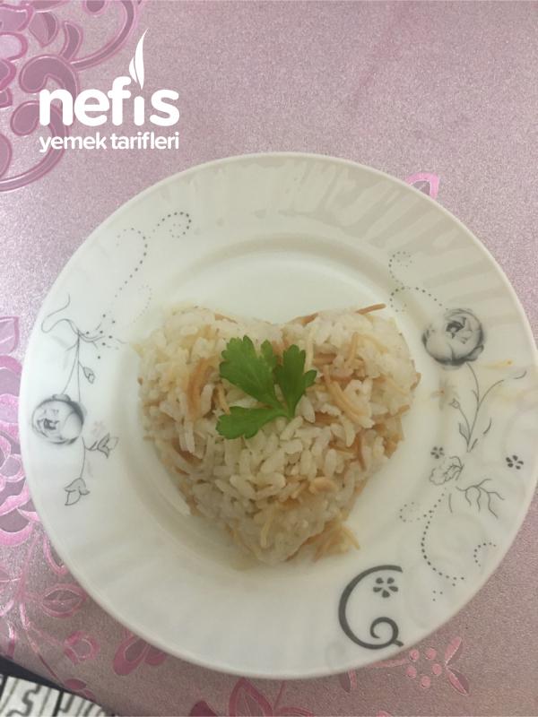 Tane Tane Tam Kıvamında Pirinç Pilavı