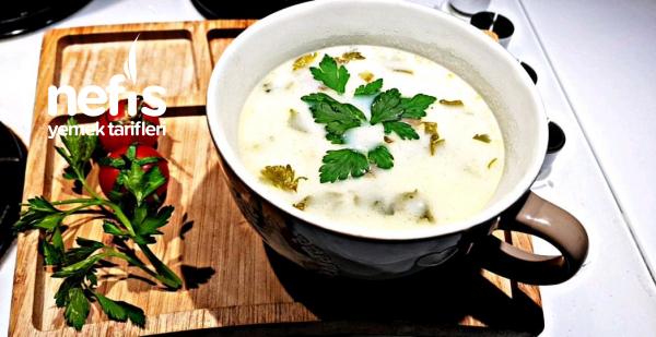 Taneli Kereviz Çorbası