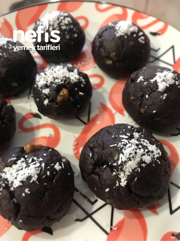 Cevizli Ve Damla Çikolatalı Brownie Kurabiye