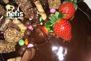 Çikolatalı Abur Cubur Pasta Tarifi