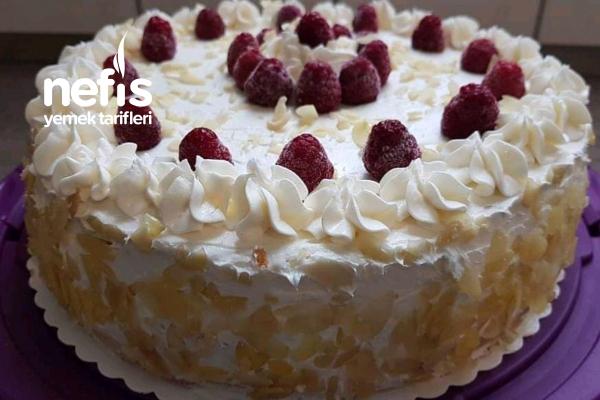 Ahududulu Yaş Pasta Tarifi