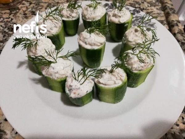 Yoğurt Soslu Salatalık Dolması