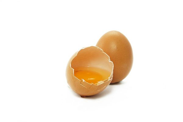 Cildinizi Besleyecek 6 Yumurta Sarısı Maskesi Tarifi