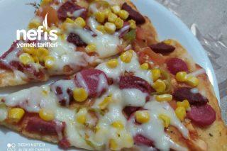 Gerçek Pizza Sosuyla Orta Boy Pizza Tarifi