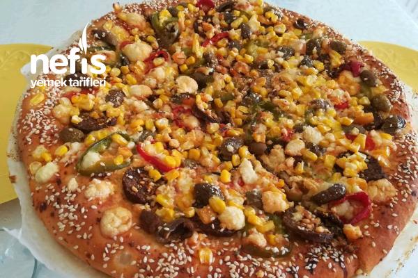 Az Peynir Bol Malzemos Pizzam Tarifi