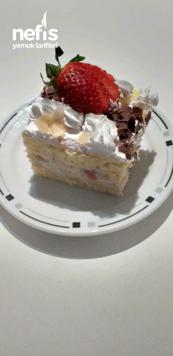 Çilekli Pasta (Fraisier)