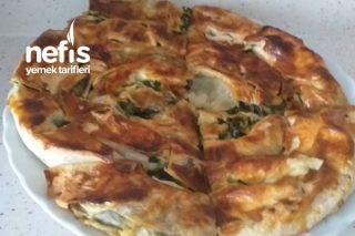 Hazır Yufkadan Ispanaklı Dolama Börek Tarifi