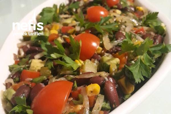 Meksika Fasülyeli Avokadolu Salata Tarifi