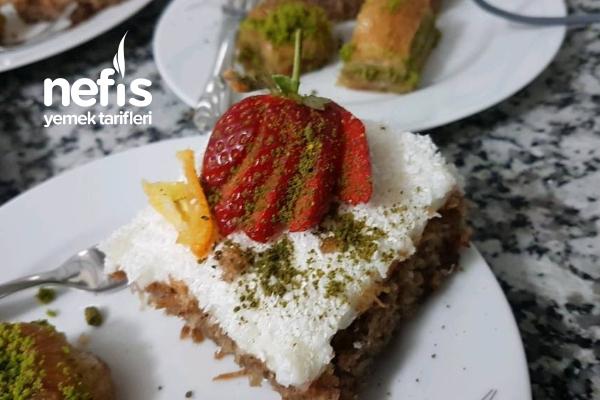 Tel Kadayıflı Muhteşem Kıbrıs Tatlısı (Bu Hâline Bayılacaksınız) Tarifi