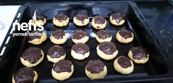 Çikolatalı Muhallabeli Kurabiye