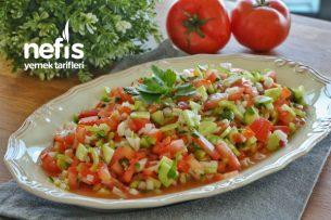 Çoban Salata Nasıl Yapılır?