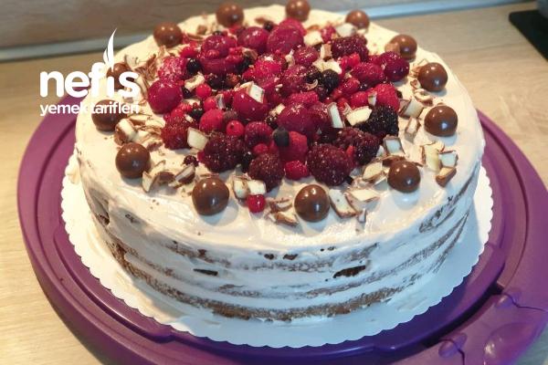 Çok Kolay Frambuazlı Çikolatalı Yaş Pasta Tarifi