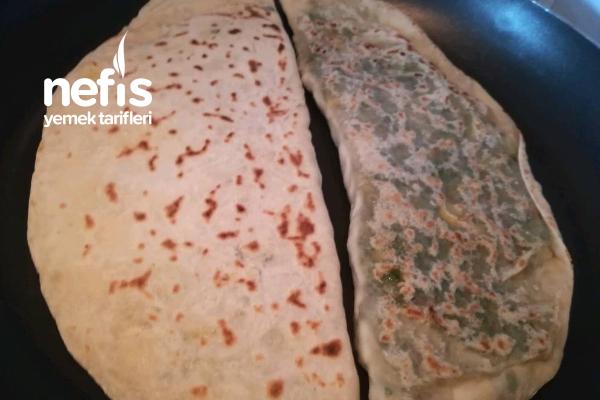 Tarsus'a Özgü Ispanaklı Böreğim Tarifi