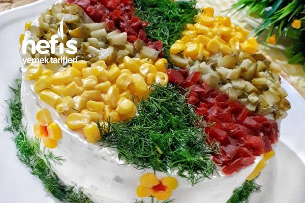 Ebruli Etimek Salatası Tarifi