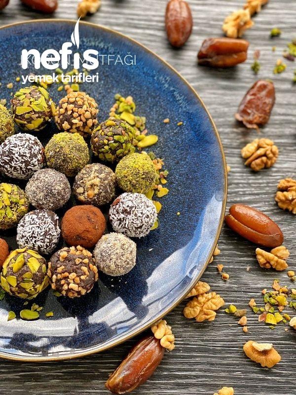 Sağlıklı çikolata tadında Cevizli Hurma Topları