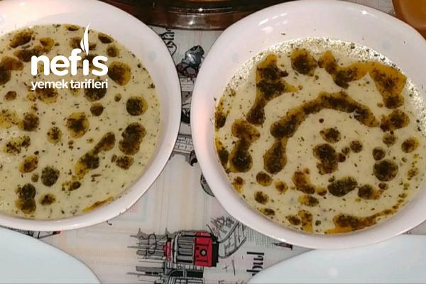 Tel Şehriyeli Yoğurt Çorbası Tarifi