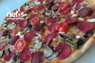 İncecik Hamuruyla Karışık Pizza Tarifi