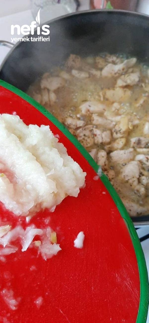 Körili Tavuk~patates Püresi Eşliğinde