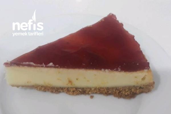Cheesecake Vişne Soslu Tarifi