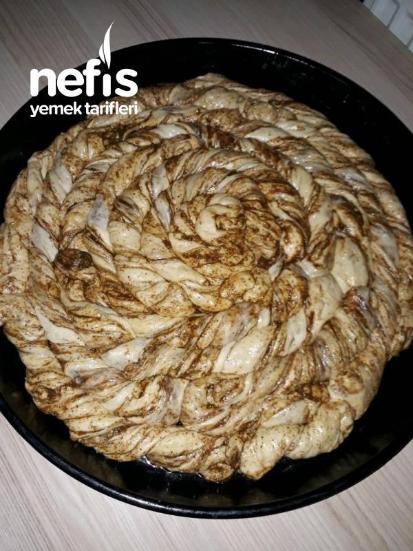 Haşhaşlı Cevizli Çörek