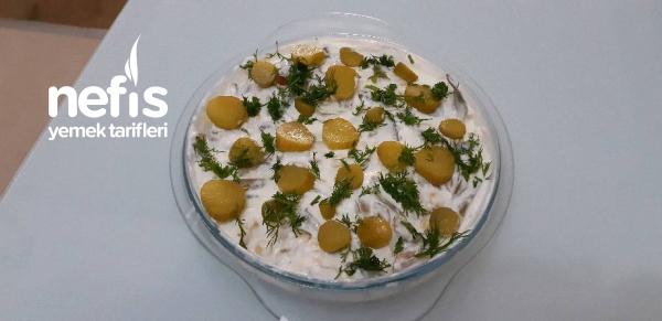Peynirli Taze Fasulye Salatası