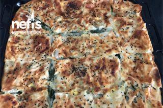 Sodalı Yumuşacık Ispanaklı Börek Tarifi