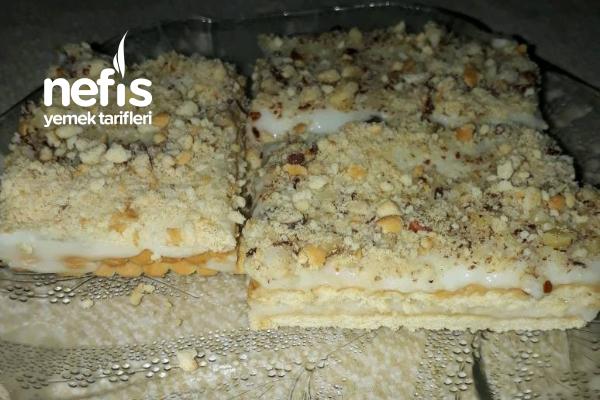 Bisküvili Muhallebili Pasta (Tepside Magnolia) Tarifi