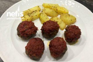 Güveçte Kaşarlı Köfte Ve Patates Tarifi