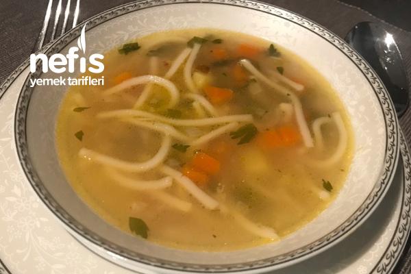 Minestrone Çorbası ( İtalyan Sebze Çorbası ) Tarifi