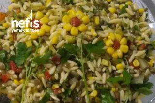 Yeşil Mercimekli Şehriye Salatası Tarifi