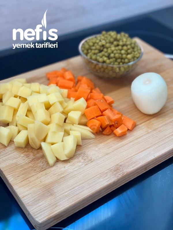 Sebzeli Köfte Yemeği
