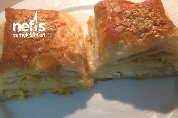 Milföy Hamuru Ve Yufka Karışımı Çıtır Çok Çıtır Börek Tarifi
