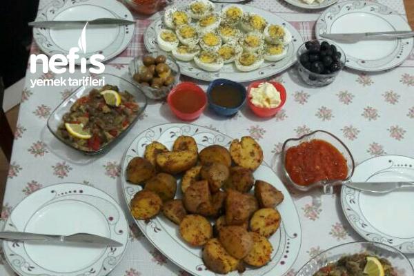 Yasin Günümüze Özel Nacizane Kahvaltı Sofram Tarifi