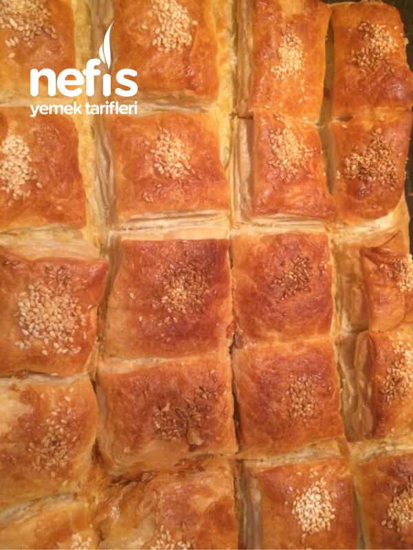 Milföy Hamuru Ve Yufka Karışımı Çıtır Çok Çıtır Börek
