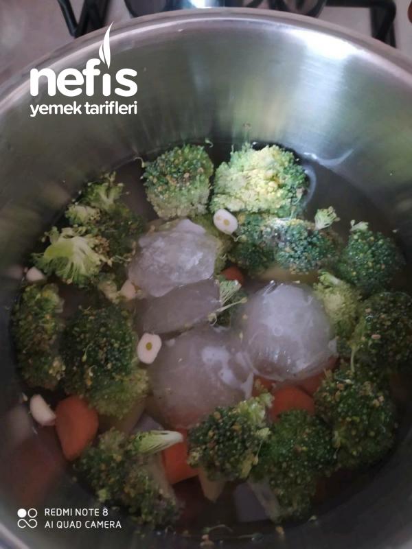 Sebzeli Bebek Çorbası (+6 Ay)