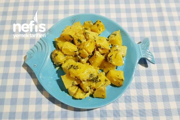 Kremalı Körili Patates (Balığın Yanına En Çok Yakışan Meze) Tarifi