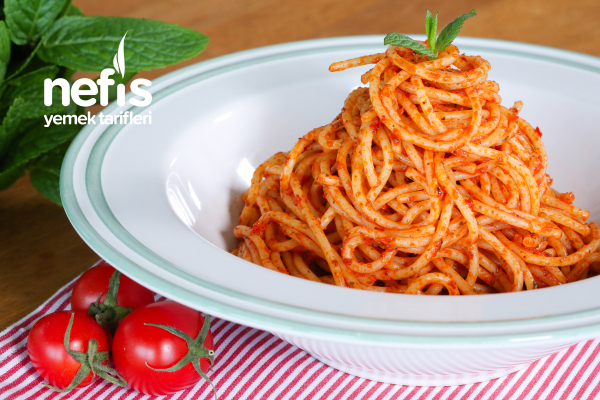 Salçalı Spagetti Tarifi (videolu)