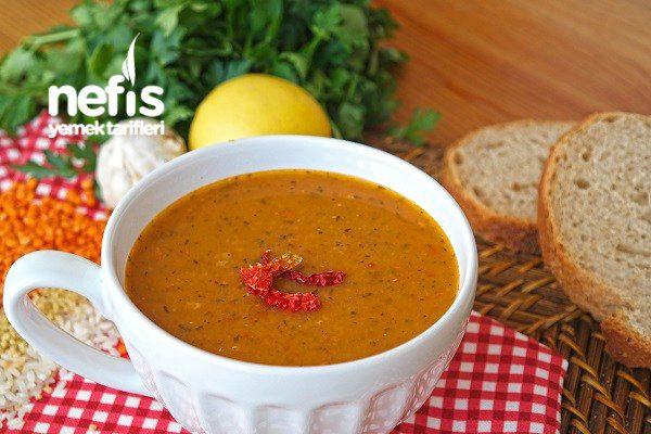 Ezogelin Çorbasının Yanına Videolu 10 Ana Yemek Tarifi