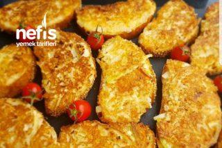 Kahvaltıda Vazgeçilmez Olacak Soğanlı Ekmek Tarifi