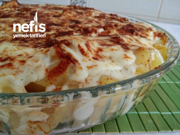 Fırında Beşamel Soslu Patates (Harika Lezzet)