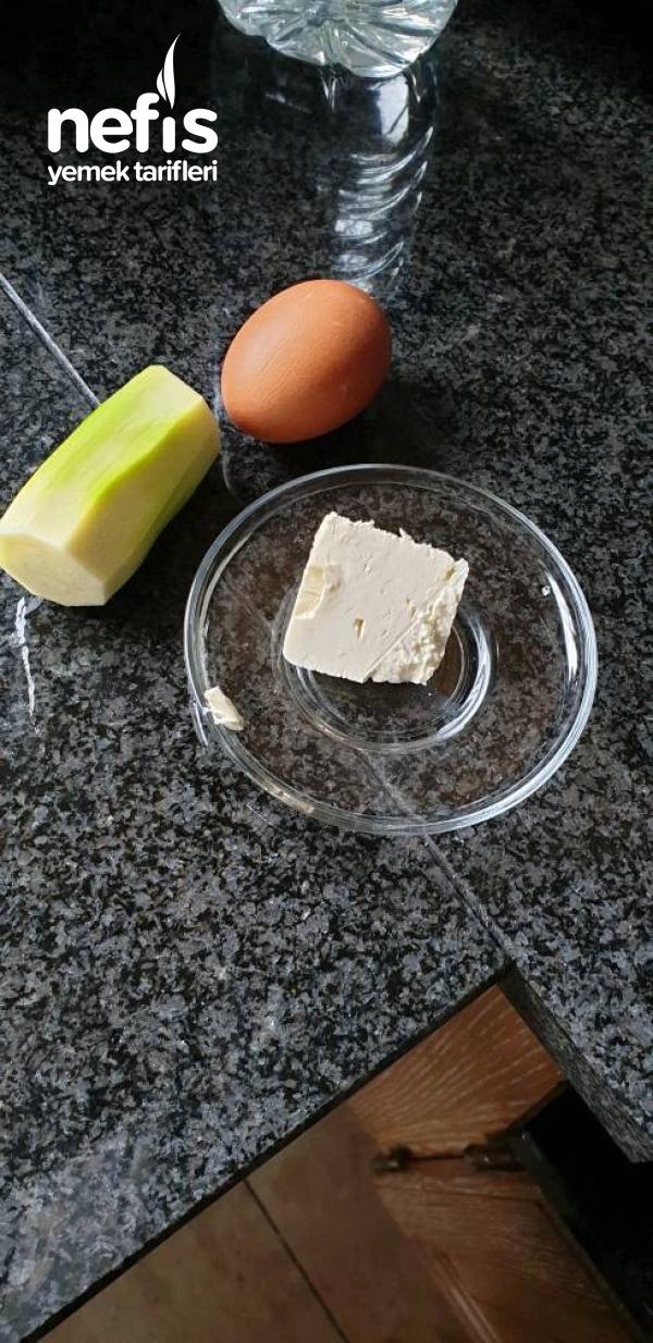 Prensimin Besleyici Omlet Tarifi ( +1 Yaş )