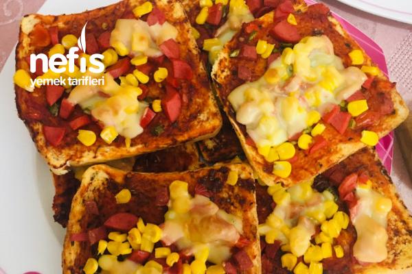 Kahvaltılık Kolay Pizza Tarifi